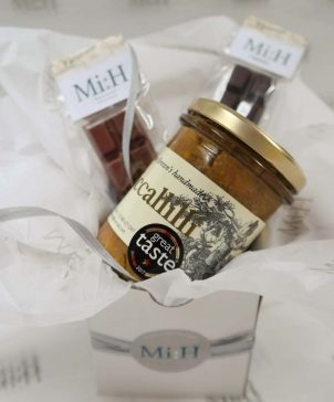 Gourmet Box of Joy gift set with Piccallilli